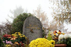 墓石彫刻消す